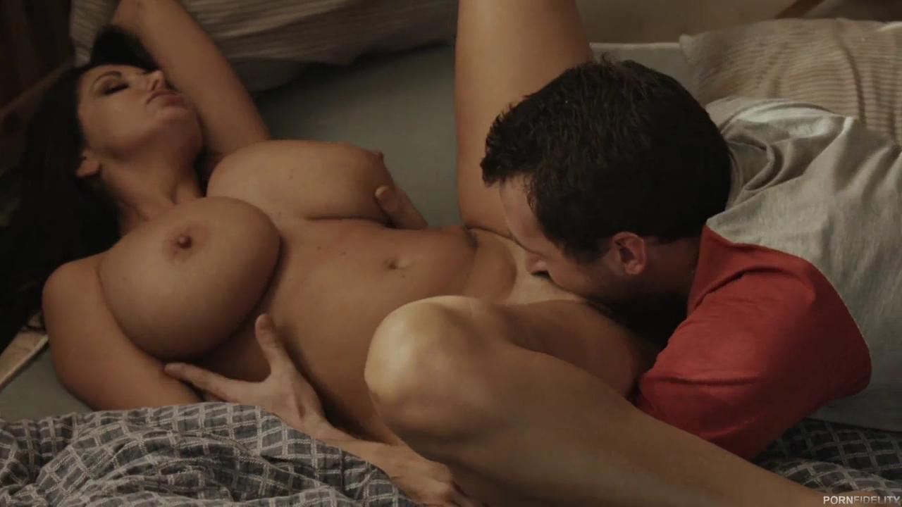 Big ass latin tranny blowjob and anal sex 6